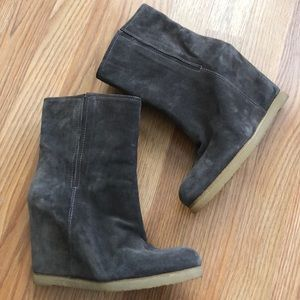 Stuart Weitzman Taupe Suede Wedge Boots 8.5 9